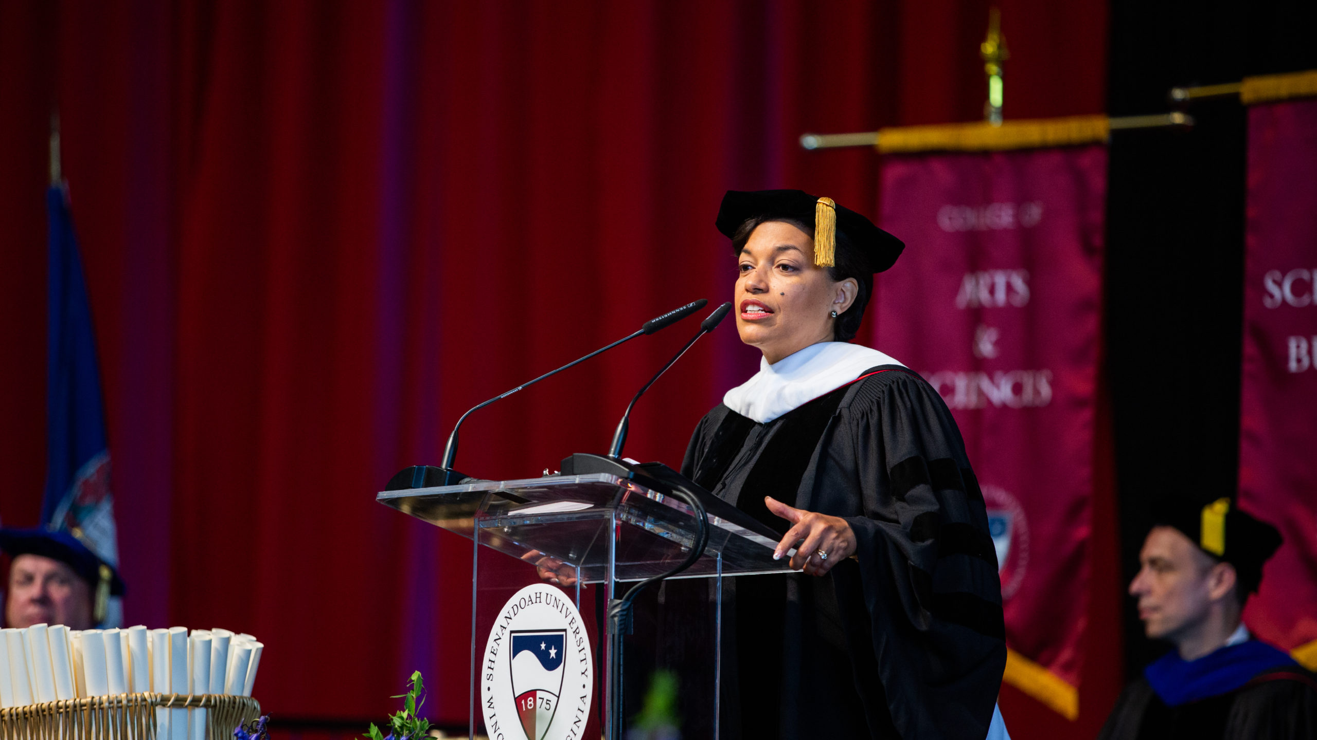 Bonnie St John speaking during Shenandoah University commencement address